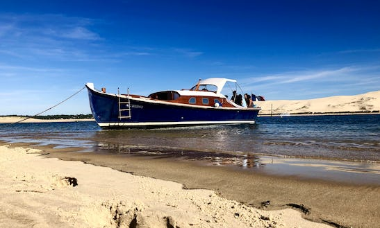 Private Deck Boat For 11 People Freebay In Cap-ferret