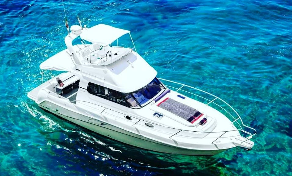 Charter Faeton 1040 Fly Motor Yacht in Positano, Italy for 10 Person!