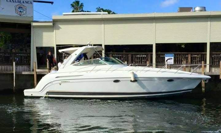 2003 formula yacht rental in Miami