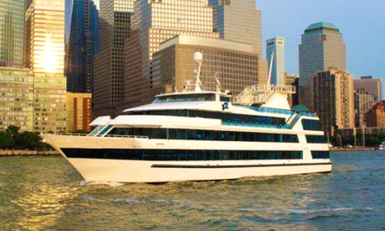 Charter 210ft