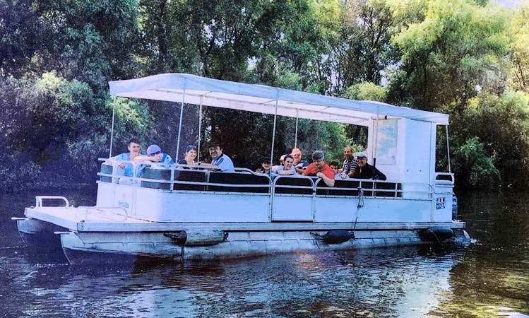 Charter a Pontoon in Tulcea, Romania