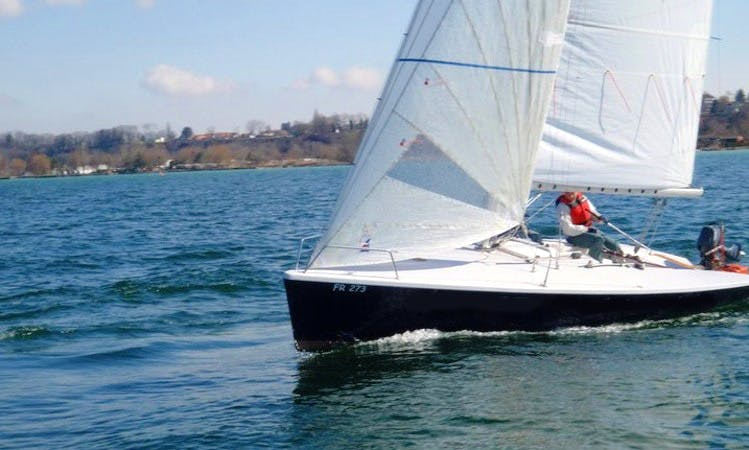 Rent Daysailer in Estavayer-le-Lac, Switzerland