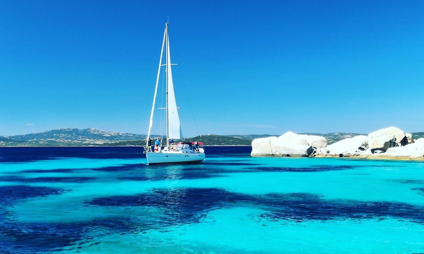 Oceanis 473 Sailing Yacht in La Maddalena