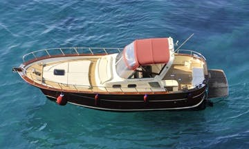 Aprea 32 - wonderful gozzo to explore Capri and the Amalfi Coast