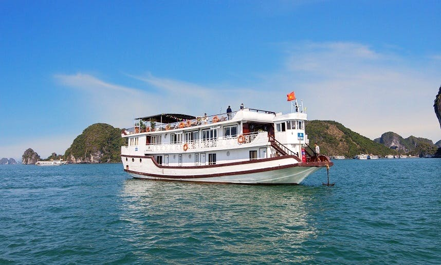 Dragon Gold Cruise in Vietnam