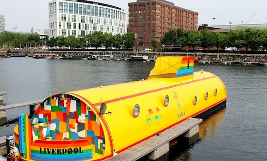 Charter 'yellow Submarine'  In Liverpool
