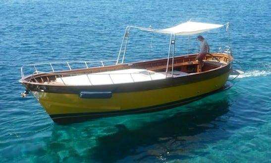 Charter 33' Motor Yacht In Santa Marina Salina, Italy