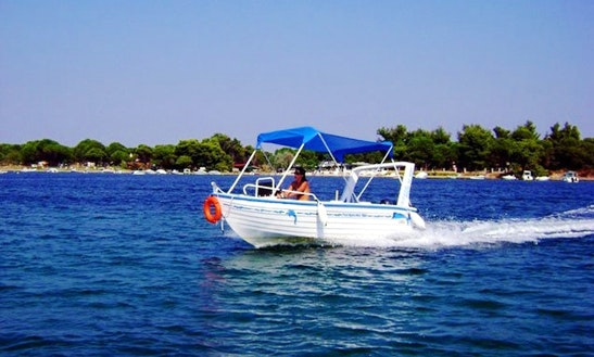 Posidonas 430 15hp Boat Rental In Greece