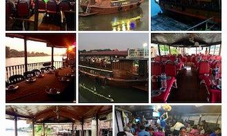 Enjoy a Beautiful Dinner Cruise in Ayutthaya, Thailand