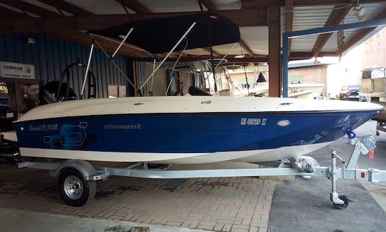 Deck Boat Rental In Cranston