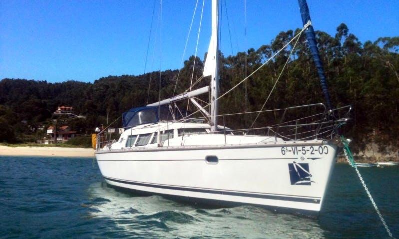 Charter 40' Sun Odyssey Cruising Monohull in Vigo, Spain