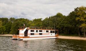 2019 The Best Houseboat Rentals | Sleep Aboards in Minnesota