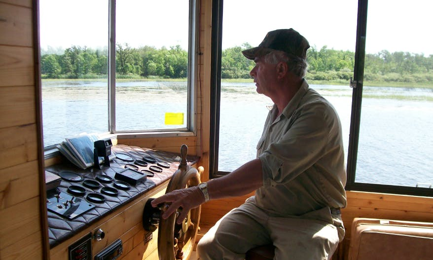52' Houseboat Rental In Lake of the Woods, Canada