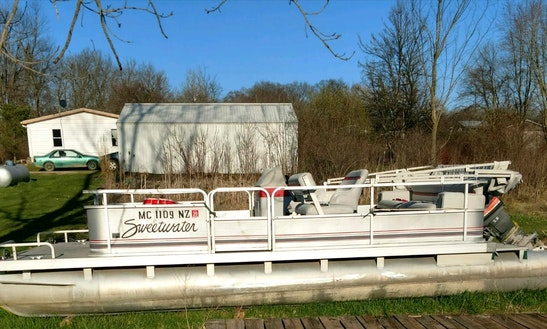 Pontoon In Coloma
