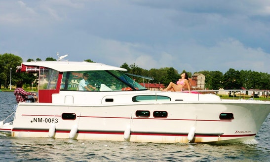 Charter 34' Nautica 1000 Motor Yacht In Giżycko, Poland