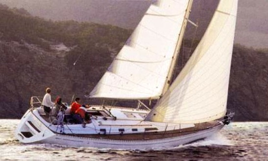 Cruising Monohull In Arona