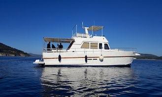 Take a Day Cruise on M/Y Sardegna - See the Alghero Coast Up Close!