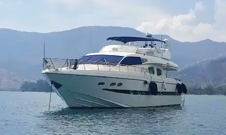 Power Mega Yacht rental in Subic Bay Freeport Zone