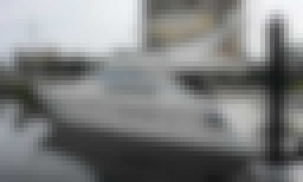 13 person Azimut Power Mega Yacht Charter in Aventura, Florida