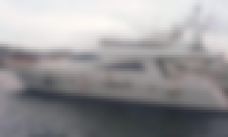 Amazing day trip in İstanbul, Turkey on Motor Yacht rental