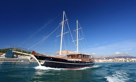 Discover The Dalmatian Coast Aboard This 12 Person Cruising Gulet