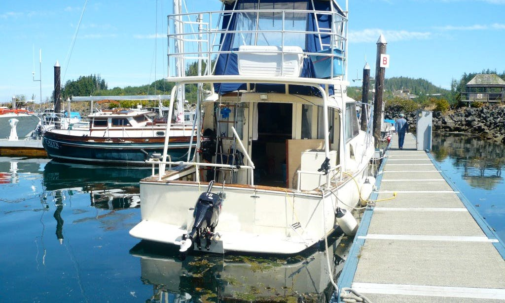 "Fishing Charter On 34ft ""Rusty Pelican"" Sport Fisherman Yacht In Winters Harbour, Canada"