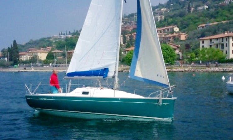 Sail Away on a 23ft Jeanneau Sun 2000 from Torri del Benaco, Italy