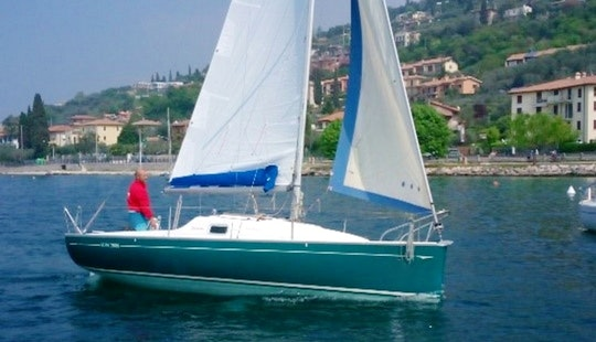 Sail Away On A 23ft Jeanneau Sun 2000 From Torri Del Benaco, Italy