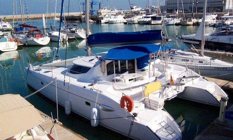 Cruising Catamaran Rental in El Puerto de Santa María