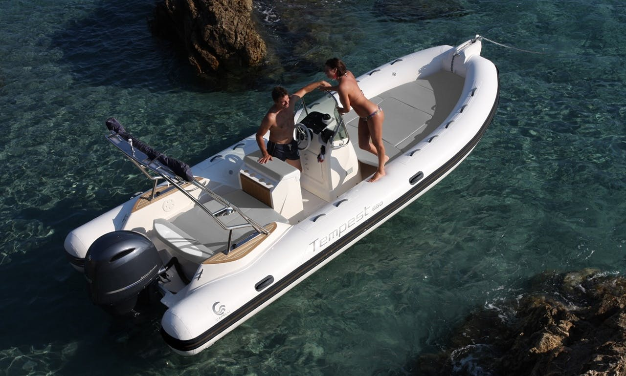 """LEMMY"" Capelli Tempest 650 rental in Eivissa"