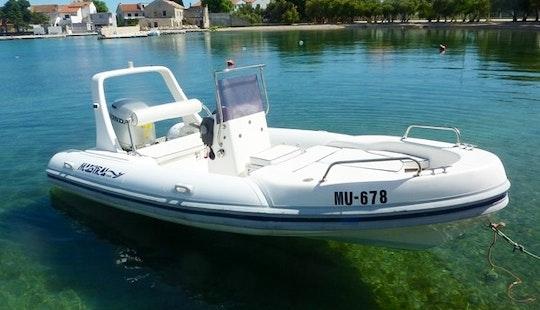 Charter 18' Maestral 555 Rigid Inflatable Boat In Betina, Croatia