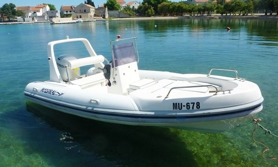Charter 18' Maestral 555 Rigid Inflatable Boat In Betina, Croatia