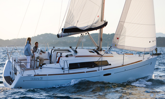 Charter 33' Beneteau Cruising Monohull In Barcelona, Spain