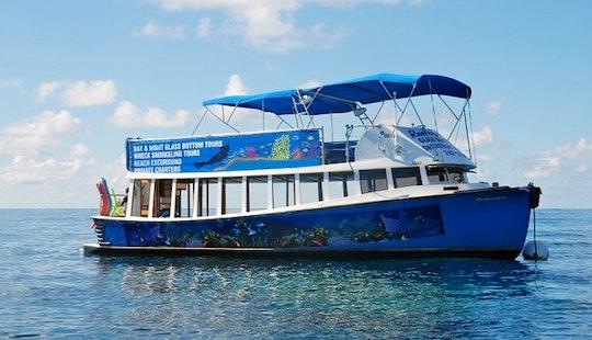 Charter A 40' Motor Cruiser In Bermuda