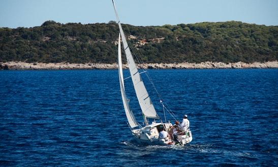 Charter 26' Sailing Boat In Milna, Island Vis, Croatia