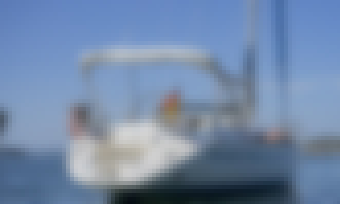 Charter 41' Bavaria Exclusive Cruising Monohull in Galicia, Spain