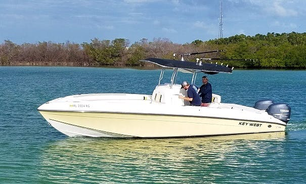 29' Center Console - Fishing & Diving Machine in Tavernier - Twin Yamaha Four Strokes