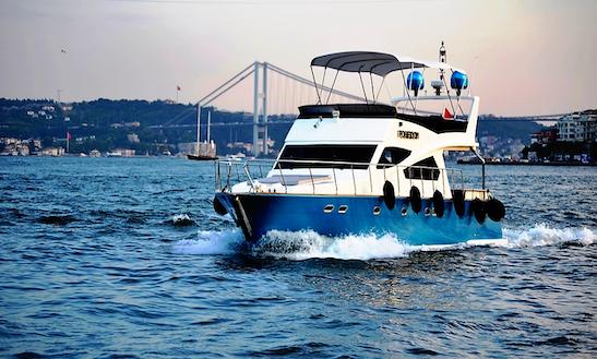 Motor Yacht Rental In İstanbul
