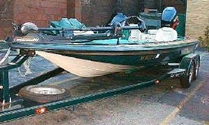 Bass Boat in Lyndhurst, New Jersey