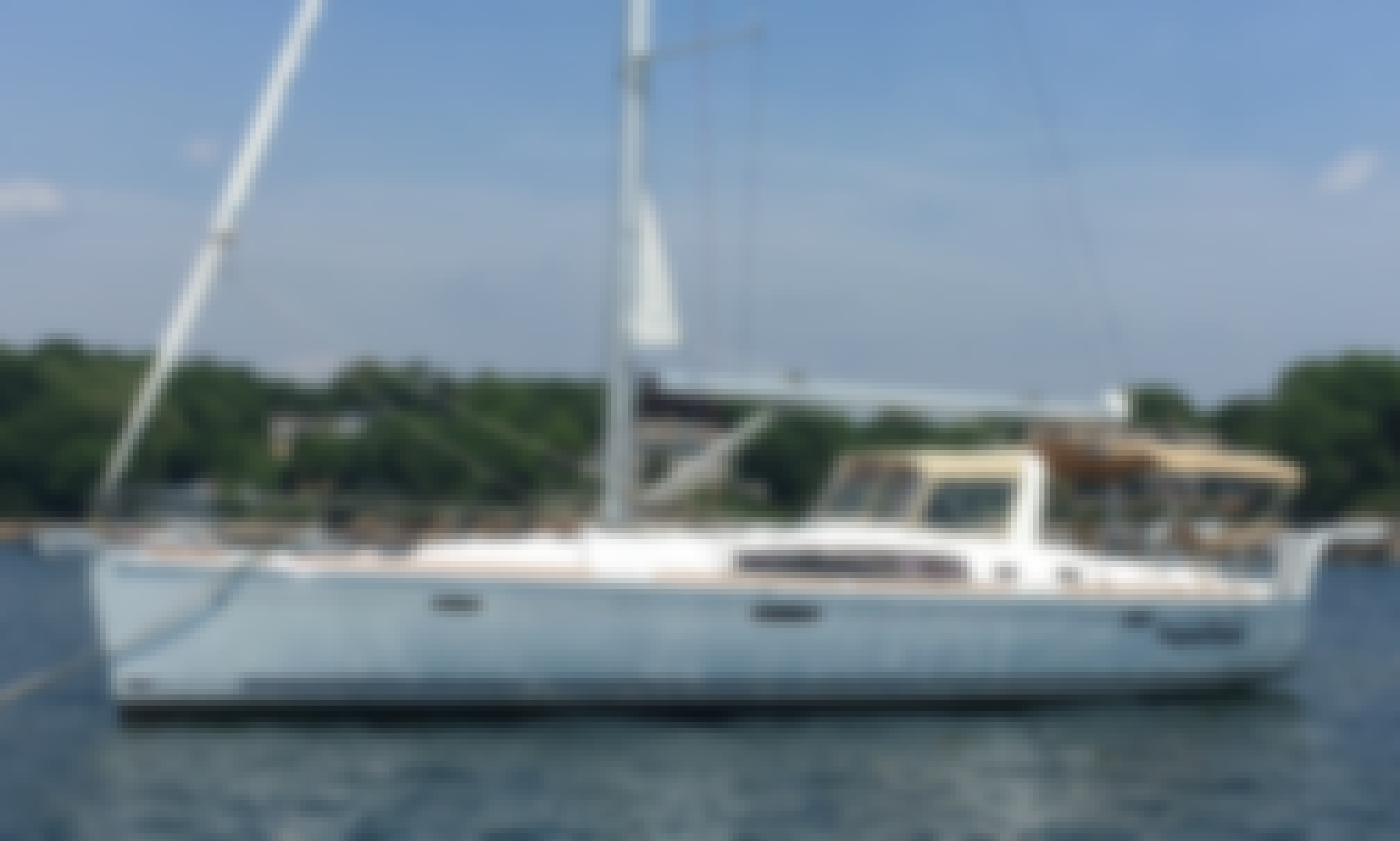 """Charter 50ft """"Frayed Knot"""" Cruising Monohull In Manchester-by-the-Sea, Massachusetts"""