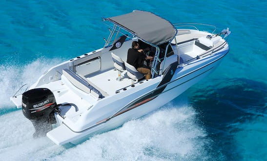 Charter Beneteau Flyer 7.7 Spacedeck - Tap Cornet Center Console In Portocolom, Spain