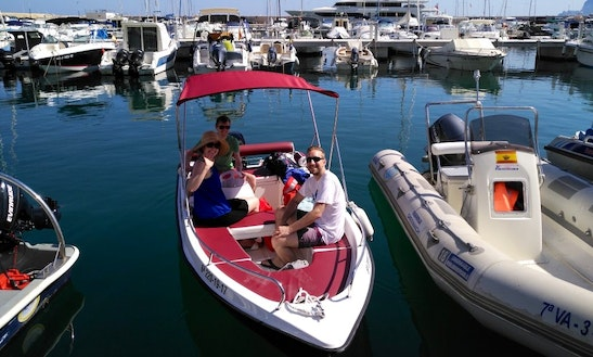 Rent Atom 430 Center Console In Altea, Spain