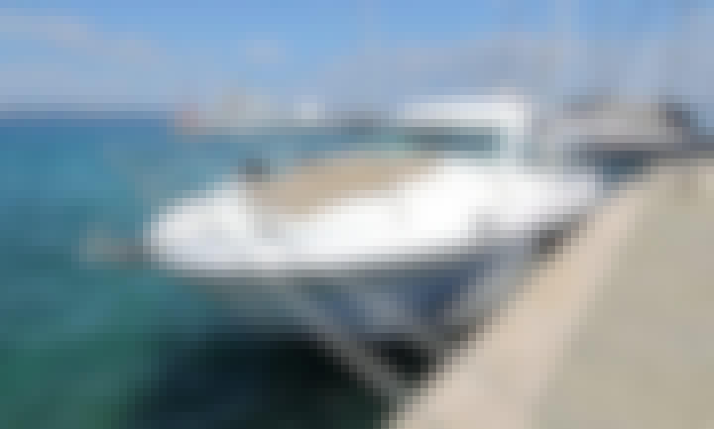Jeanneau Prestige 34 Motor Yacht for Hire in Zadar