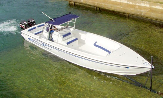 28 Ft Bowen Boat Charter In Saint Lucia