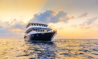 Passenger Boat rental in Thulusdhoo | Minimum 6 days rental