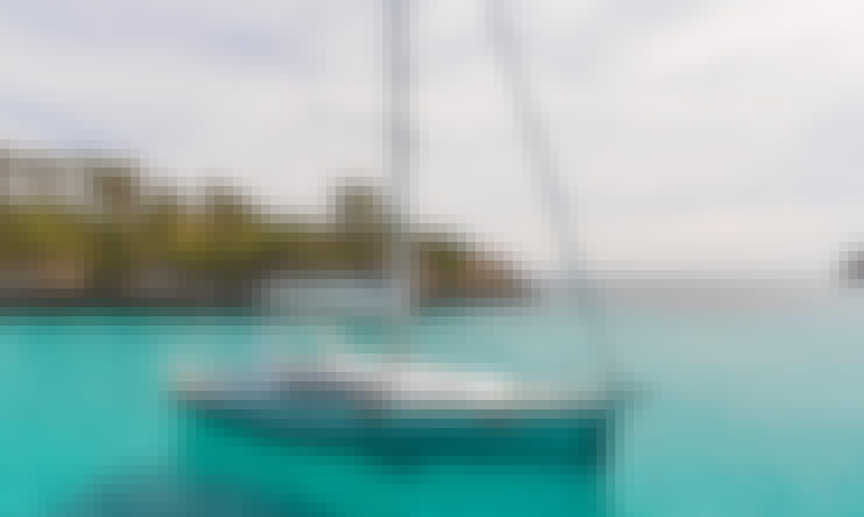 Charter 41' Peace Beneteau Oceanis Cruising Monohull in Kontokali, Greece