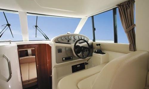 Charter 34' Marle III Jeanneau Prestige Motor Yacht in Kontokali, Greece