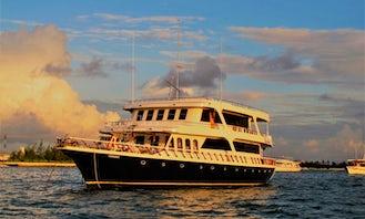 Passenger Boat rental in MALE NORTH, MALDIVAS!! | Minimum 6 days rental