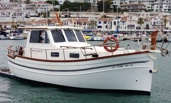 Motor Yacht Rental In Sitges