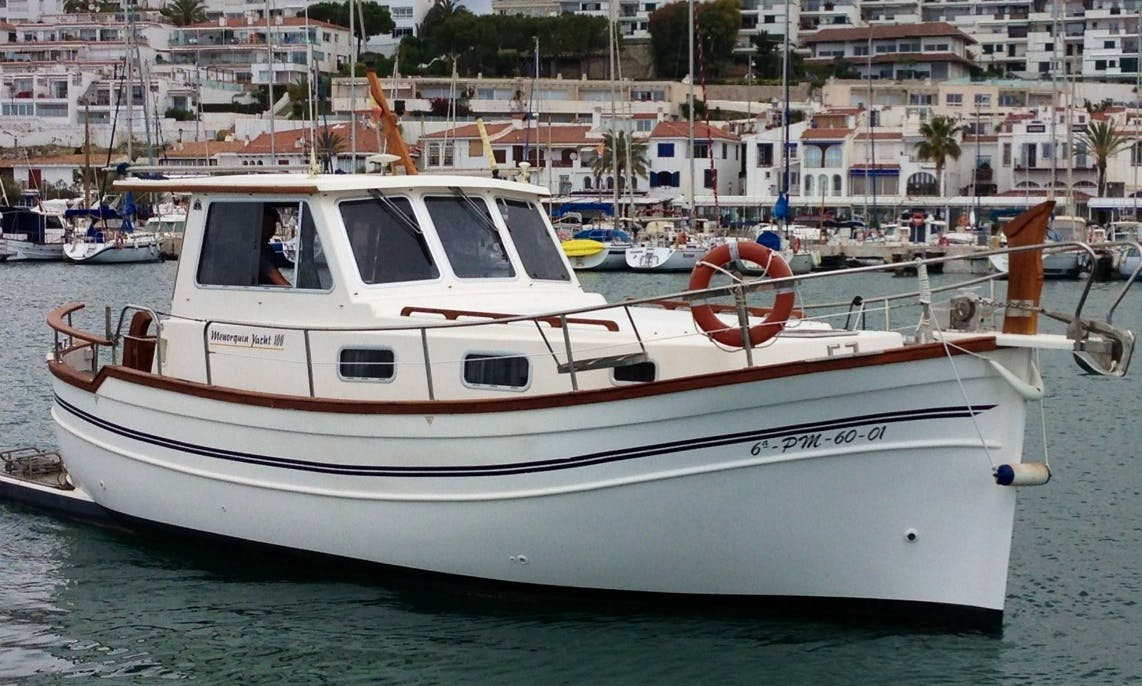 Cruise around Sitges in style with this Yacht